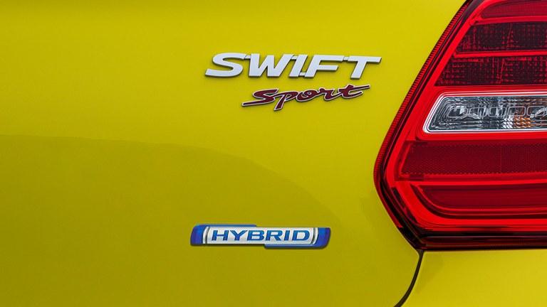 48V Modellbezeichnung Suzuki Swift Sport Hybrid auf der HeckklappeMild-Hybrid System