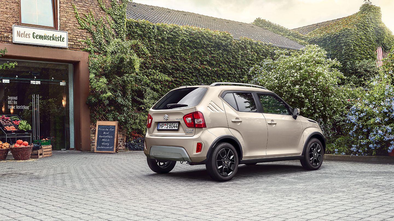Suzuki Ignis Hybrid vor Hofladen